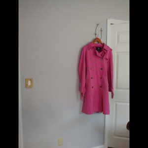 GUC BURBERRY LONDON PINK TRENCH COAT